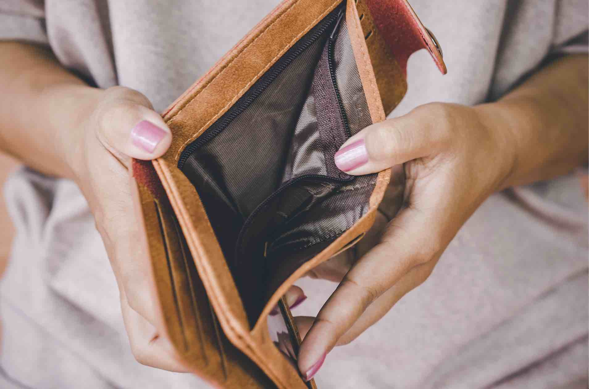 Top 3 Reasons Why People Go Broke And How To Avoid It